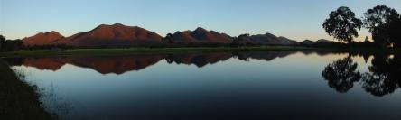 img_43239-serra-range-reflections-panorama